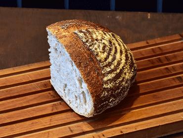 ナチュールのパン(天然酵母カンパーニュ)