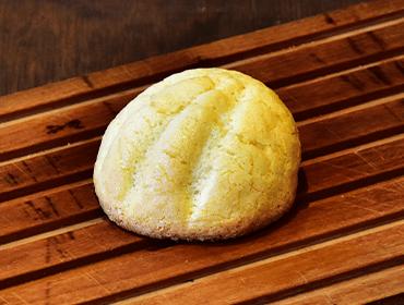 ナチュールのパン(天然酵母自家製ビスクのメロンパン)